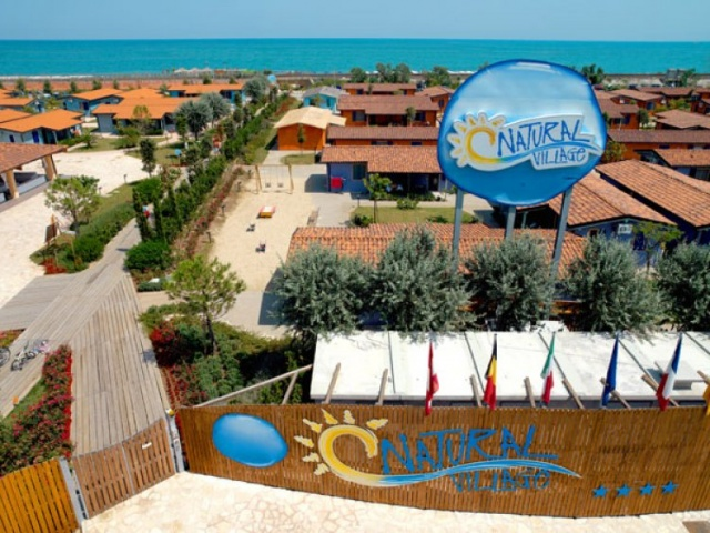 Apartament Complex Natural Village Club, cazare la mare